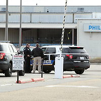 Adam Robison | BUY AT PHOTOS.DJOURNAL.COM<br /> Tupelo Police and investigators respond to Philips Day Brite for a bomb threat to the factory on Friday morning in Tupelo.