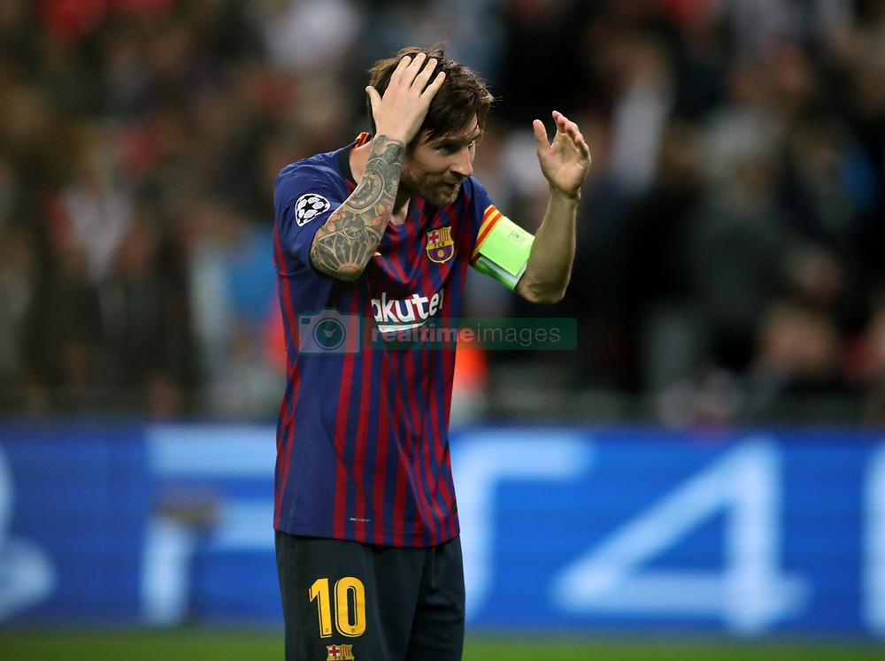 صور مباراة : توتنهام - برشلونة 2-4 ( 03-10-2018 )  38929446
