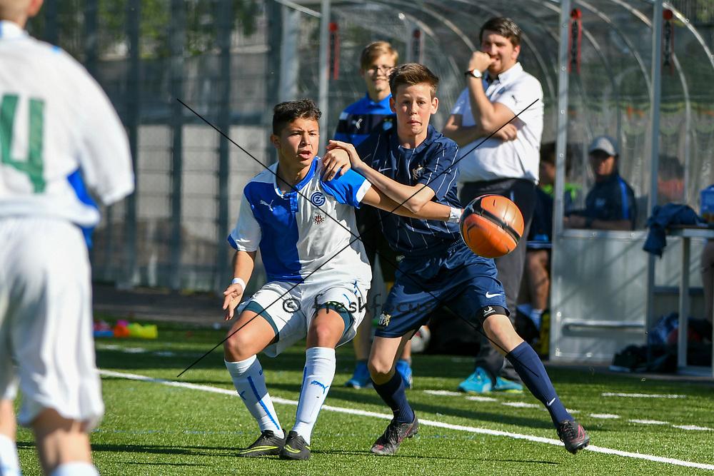08.04.17; Zuerich; Fussball FCZ Academy - Grasshopper Club - Zuerich FE14 Oberland; <br /> Spina Luca (GC) Lederer Pascal (Zuerich) <br /> (Andy Mueller/freshfocus)