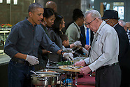 Washinton: US President Barack Obama serves dinner at the Armed Forces Retirement Home, 23 Nov. 2016