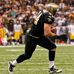 Oct 31, 2010; New Orleans, LA, USA; New Orleans Saints running back Heath Evans (44) runs after a catch during the second half against the Pittsburgh Steelers at the Louisiana Superdome. The Saints defeated the Steelers 20-10.  Mandatory Credit: Derick E. Hingle