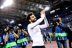 May 2, 2018 - Rome, Lazio, Italy - AS Roma v FC Liverpool - Champions League semi-final second leg.Mohamed Salah of Liverpool greeting the supporters at Olimpico Stadium in Rome, Italy on May 02, 2018. (Credit Image: © Matteo Ciambelli/NurPhoto via ZUMA Press)