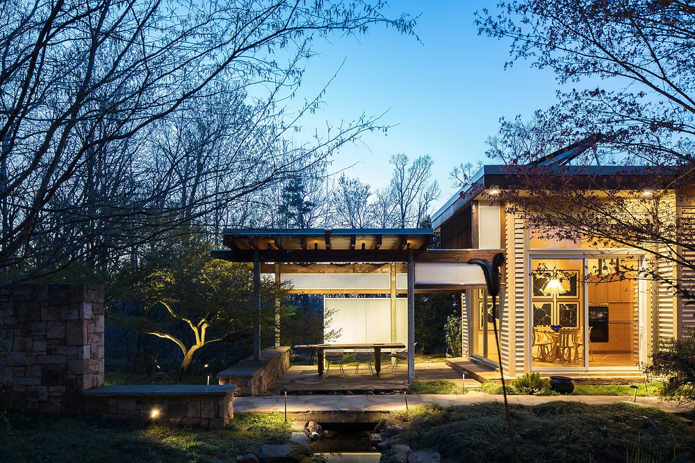 Stillhouse Bluff | Arielle Condoret Schechter | Chapel Hill, North Carolina