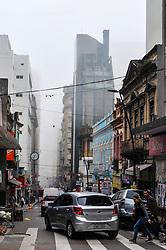 August 18, 2017 - Manhã de sexta-feira (18) com neblina intensa em Porto Alegre, no Rio Grande do Sul. (Credit Image: © Omar De Oliveira/Fotoarena via ZUMA Press)