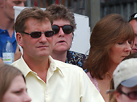 Tottenham Hotspur Manager Glenn Hoddle watches the Childs v Nadal game. Wimbledon Tennis Championship, Day 3, 25/06/2003. Credit: Colorsport / Matthew Impey DIGITAL FILE ONLY