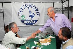 PADRE DI NICOLA CAVICCHI PARLA CON UMBERTO BOSSI