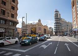 THEMENBILD - Blick in die Gran Via. Die Stadt Madrid ist eine der größten Metropolen in Europa. Sie liegt im Zentrum der iberischen Halbinsel und ist Hauptstadt von Spanien. Aufgenommen am 25.03.2016 in Madrid ist Spanien // Madrid is on of the biggest metropolis in Europe. It is located in the center of the Iberian Peninsula and is the capital of Spain. Spain on 2016/03/25. EXPA Pictures © 2016, PhotoCredit: EXPA/ Jakob Gruber