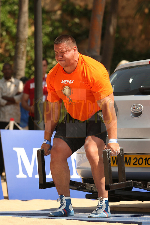 Mikhail Koklyaev (Russia) starts strongly in the deadlift (for time) during one of the qualifying rounds of the World's Strongest Man competition held in Sun City, South Africa.