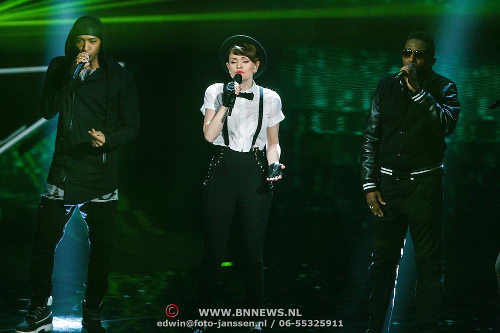 NLD/Hilversum/20160122 - 6de live uitzending The Voice of Holland 2016, Jennie Lena