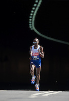 Mo Farah of Great Britain appears from the tunnel at the north end of Blackfriars Bridge during the Virgin Money London Marathon 2014 on Sunday 13 April 2014<br /> Photo: Paul Gregory/Virgin Money London Marathon<br /> media@london-marathon.co.uk