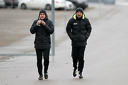 09.01.2015, SGL Arena, Augsburg, GER, 1. FBL, FC Augsburg, Training, im Bild l-r: Co-Trainer Wolfgang Beller (FC Augsburg) und Co-Trainer Tobias Zellner (FC Augsburg) // during a trainings session of German Bundesliga Club FC Augsburg at the SGL Arena in Augsburg, Germany on 2015/01/09. EXPA Pictures © 2015, PhotoCredit: EXPA/ Eibner-Pressefoto/ Kolbert<br /> <br /> *****ATTENTION - OUT of GER*****