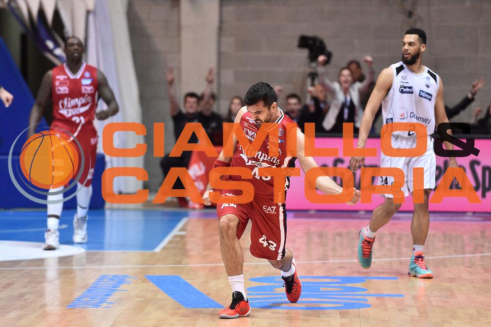 Milano 10.05.2016<br /> Basket Serie A - Playoff Gara 2<br /> EA7 Emporio Armani Milano - Dolomiti Energia Trento<br /> <br /> Nella foto: Krunoslav Simon
