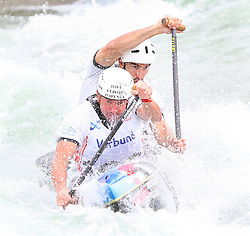 27.06.2015, Verbund Wasserarena, Wien, AUT, ICF, Kanu Wildwasser Weltmeisterschaft 2015, C2 men, im Bild v.l. Simeon Hocevar, Blaz Cof (SLO) // during the final run in the men's C2 class of the ICF Wildwater Canoeing Sprint World Championships at the Verbund Wasserarena in Wien, Austria on 2015/06/27. EXPA Pictures © 2014, PhotoCredit: EXPA/ Sebastian Pucher