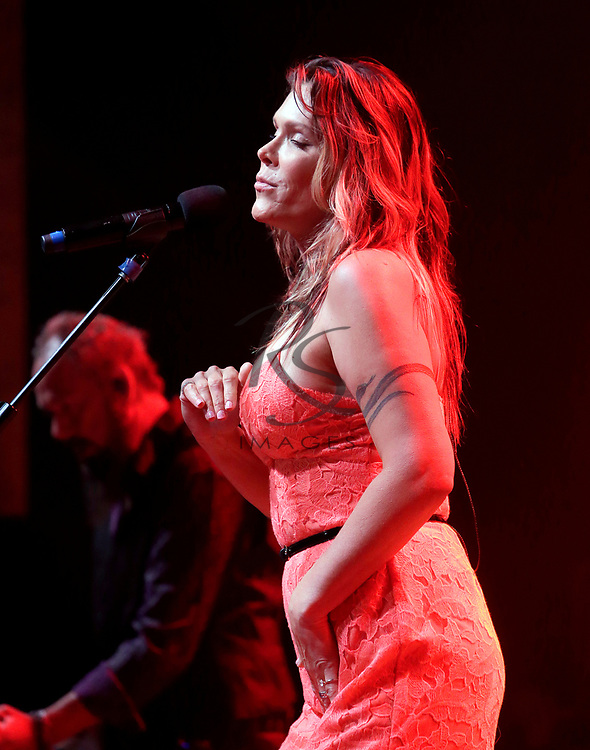 Beth Hart performs on Tuesday, Sept. 12, 2017 in Phoenix, Arizona. (Photo by Rick Scuteri)