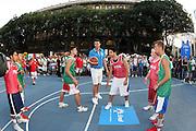 DESCRIZIONE : Milano Invasione degli Ultracanestri Piazza Cairoli Nazionale Italiana Uomini<br /> GIOCATORE : andrea bargnani<br /> SQUADRA : Nazionale Italiana Uomini Italia<br /> EVENTO : Milano Invasione degli Ultracanestri Piazza Cairoli Nazionale Italiana Uomini<br /> GARA : <br /> DATA : 18/07/2007 <br /> CATEGORIA : Ritratto<br /> SPORT : Pallacanestro <br /> AUTORE : Agenzia Ciamillo-Castoria<br /> Galleria : Fip Nazionali 2007<br /> Fotonotizia : Milano Invasione degli Ultracanestri Piazza Cairoli Nazionale Italiana Uomini<br /> Predefinita :