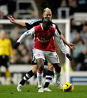 Photo: Jed Wee/Sportsbeat Images.<br /> <br /> Newcastle United v Arsenal. The FA Barclays Premiership. 05/12/2007.<br /> <br /> <br /> <br /> Arsenal's Lassana Diarra with Newcastle's Alan Smith.