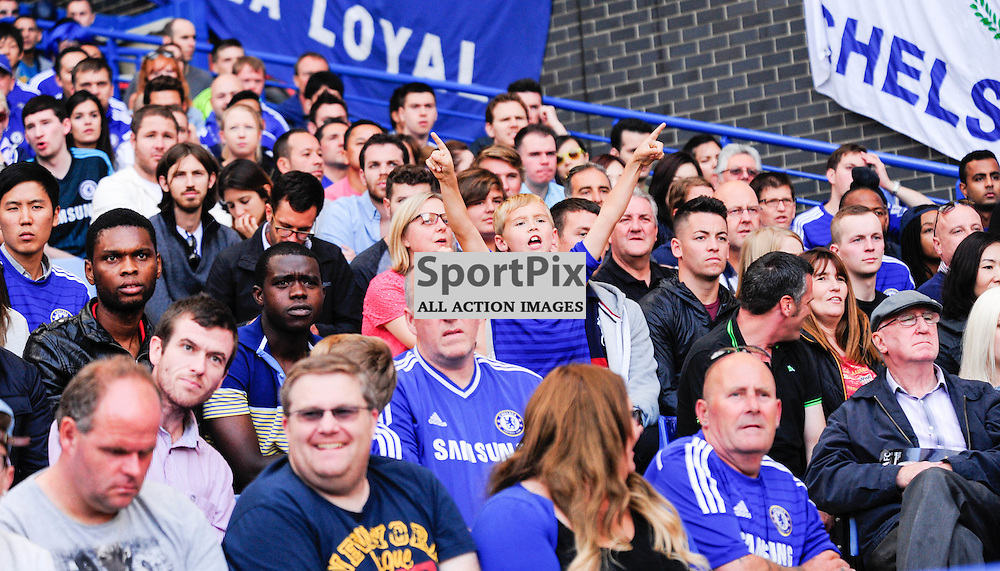 (c) Andrea Putzolu | SPORTPIX.ORG.UK<br /> The Chelsea's supporter