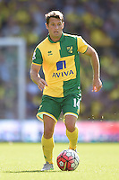 """Norwich City's Wes Hoolahan during the Barclays Premier League match at Carrow Road, Norwich. PRESS ASSOCIATION Photo. Picture date: Saturday August 8, 2015. See PA story SOCCER Norwich. Photo credit should read: Adam Davy/PA Wire. EDITORIAL USE ONLY No use with unauthorised audio, video, data, fixture lists, club/league logos or """"live"""" services. Online in-match use limited to 45 images, no video emulation. No use in betting, games or single club/league/player publications."""