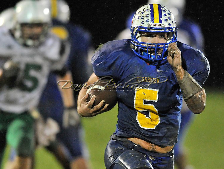 Columbia at Clearview varsity football on October 26, 2012. Images © David Richard and may not be copied, posted, published or printed without permission.