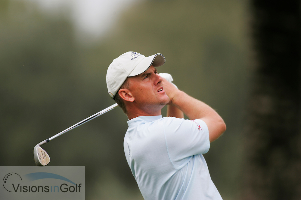 Robert Karlsson at the Dubai Desert Classic 2005, Emirates GC, UAE.  Photo Mark Newcombe