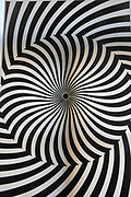 Optical spiral illusion