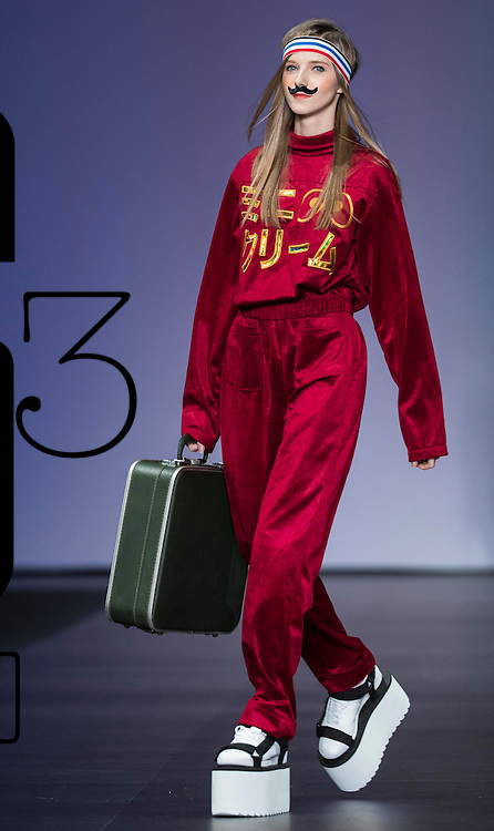 A model showcases designs on the runway during the i.t 2016 Fall/Winter Fashion Show on the Day 4 of the CentreStage Hong Kong 2016 at Hong Kong Convention and Exhibition Centre on 10 September 2016 in Hong Kong, China. Photo by Marcio Machado / studioEAST