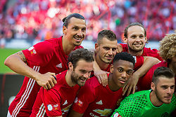 Zlatan Ibrahimovic of Manchester United celebrates with his teammates after Manchester United win the match 1-2 - Rogan Thomson/JMP - 07/08/2016 - FOOTBALL - Wembley Stadium - London, England - Leicester City v Manchester United - The FA Community Shield.