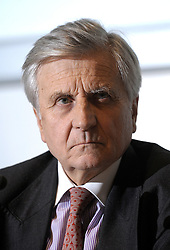 Jean-Claude Trichet, president of the European Central Bank, speaks during a news conference at the National Bank of Belgium, in Brussels, Thurdsday, Dec. 4, 2008. (Photo © Jock Fistick)..