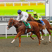 Dutch Interior and Jimmy Fortune winning the 5.25 race