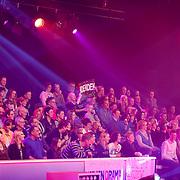 NLD/Hilversum/20130101 - 1e Liveshow Sterren dansen op het IJs 2013, publiek,