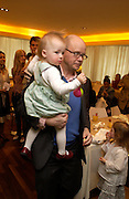 Toby Young and Sasha. Launch of 'Lucy  Sykes Baby, New York' Selfridges. 14 April 2005. ONE TIME USE ONLY - DO NOT ARCHIVE  © Copyright Photograph by Dafydd Jones 66 Stockwell Park Rd. London SW9 0DA Tel 020 7733 0108 www.dafjones.com