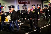 Frankfurt | 07 October 2016<br /> <br /> Am Freitag (07.10.2016) versammelten sich in Wetzlar etwa 80 Neonazis aus dem Umfeld der NPD, von neonazistischen Freien Kameradschaften, dem sog. Freien Netz Hessen und der Identit&auml;ren Bewegung zu einer Demonstration &quot;gegen &Uuml;berfremdung&quot;. Die geplante Demo-Route war von etwa 1600 Anti-Nazi-Aktivisten blockiert, daher wurde den Neonazis eine neue Demoroute durch Altstadt und Innenstadt von Wetzlar vorbei am Wetzlarer Dom zugewiesen. Auch hier stellten sich den Rechten immer wieder Aktivisten in den Weg.<br /> Hier: Neonazis aus dem Umfeld der Gruppe &quot;Berserker Pforzheim&quot; gehen am Osman-Markt vorbei.<br /> <br /> photo &copy; peter-juelich.com<br /> <br /> FOTO HONORARPFLICHTIG, Sonderhonorar, bitte anfragen!