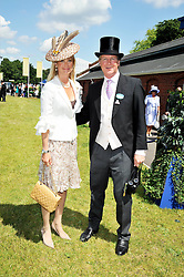 BEN & LUCY SANGSTER at at the first day of the 2009 Royal Ascot racing festival on 16th June 2009.