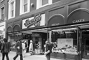15/06/1979.06/15/1979.15th June 1979  Photograph shows the exterior of Bewley's cafe on Dublin's, Westmoreland Street. The cafe was one of Dublin's favourite meeting spots for over a century.