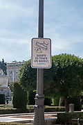 keep the city clean, Doggy do warning sign Plaza Oriente, Madrid, Spain