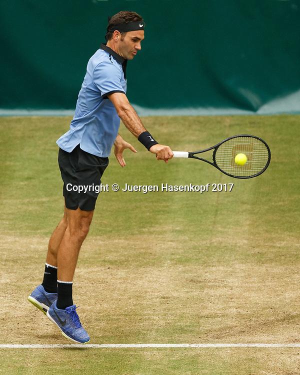 ROGER FEDERER (SUI)<br /> <br /> Tennis - Gerry Weber Open - ATP 500 -  Gerry Weber Stadion - Halle / Westf. - Nordrhein Westfalen - Germany  - 24 June 2017. <br /> &copy; Juergen Hasenkopf