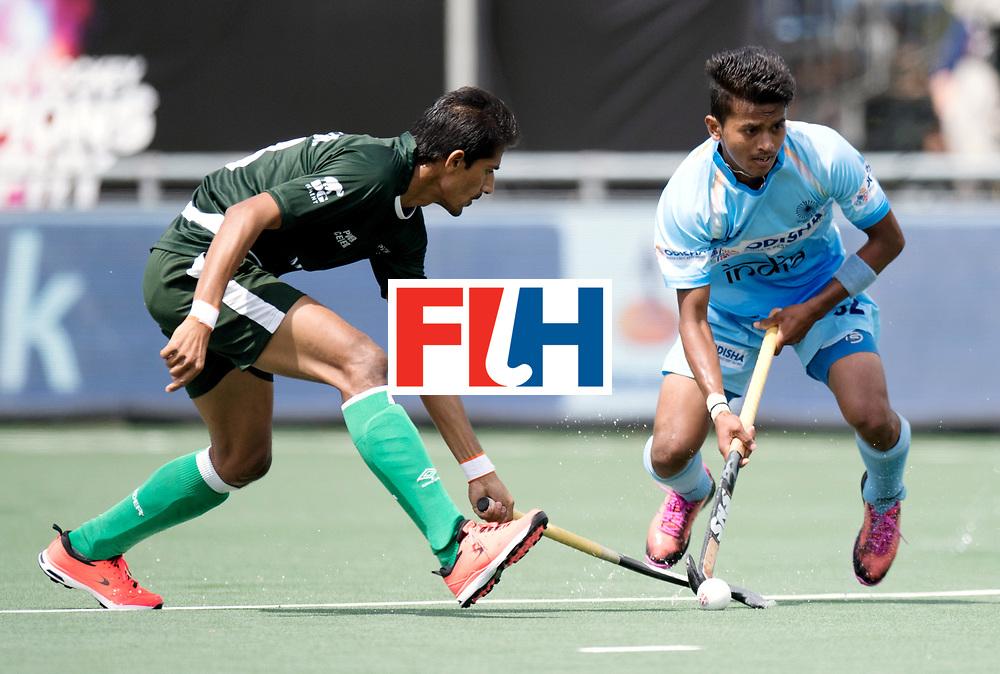 BREDA - Rabobank Hockey Champions Trophy<br /> India - Pakistan<br /> Photo: Vivek Prasad.<br /> COPYRIGHT WORLDSPORTPICS FRANK UIJLENBROEK