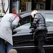 NLD/Laren/20120505 - Mireille Bekooy heeft schade aan haar auto