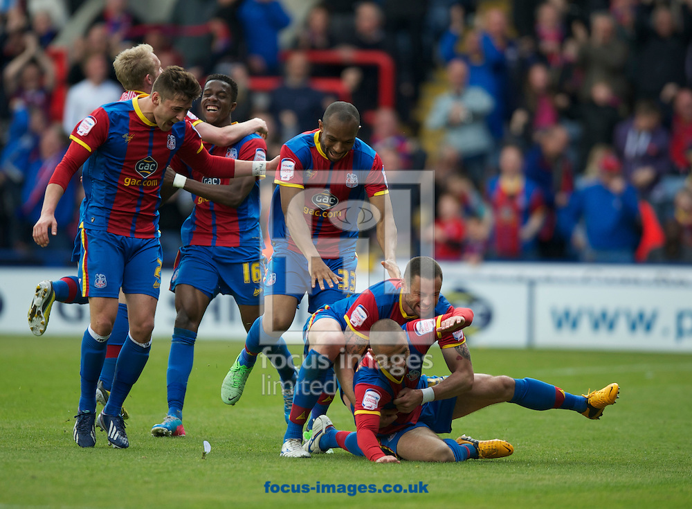 Picture by Alan Stanford/Focus Images Ltd +44 7915 056117.04/05/2013.Kevin Phillips of Crystal Palace celebrates his goal with his team mates during the npower Championship match at Selhurst Park, London...