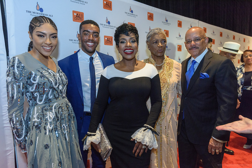 Sheryl Lee Ralph, recipient of the Muhammad Ali Humanitarian Award for Global Citizenship is seen with her husband, Pennsylvania State Senator Vincent Hughes and family members walking the red carpet at the fourth annual Muhammad Ali Humanitarian Awards Saturday, Sept. 17, 2016 at the Marriott Hotel in Louisville, Ky. (Photo by Brian Bohannon for the Muhammad Ali Center)