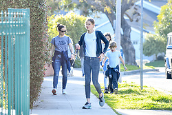 EXCLUSIVE: Jennifer Garner was seen talking her three kids out for a walk as Ben Affleck spends the quarantine cozying up to Ana de Armas. **SPECIAL INSTRUCTIONS*** Please pixelate children's faces before publication.***. 29 Mar 2020 Pictured: Jennifer Garner. Photo credit: MEGA TheMegaAgency.com +1 888 505 6342