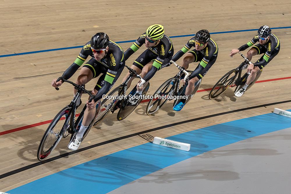25-11-2018: Wielrennen: NK Baan: Apeldoorn <br />Trais - Mooi Jong: Mitchell Huenders; Michel Kreder;  Raymond Kreder; Raymond Splinter;