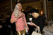 JOHNNY WOO; MISS JULIA , Kate Grand hosts a Love Tea and Treasure hunt at Flash. Royal Academy. Burlington Gardens. London. 10 december 2008 *** Local Caption *** -DO NOT ARCHIVE-© Copyright Photograph by Dafydd Jones. 248 Clapham Rd. London SW9 0PZ. Tel 0207 820 0771. www.dafjones.com.<br /> JOHNNY WOO; MISS JULIA , Kate Grand hosts a Love Tea and Treasure hunt at Flash. Royal Academy. Burlington Gardens. London. 10 december 2008