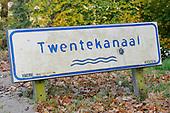 Naamborden Provincie en Waterwegen