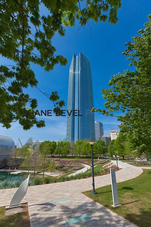 3/28/12 3:45:12 PM --Photos of the Devon Energy Tower and Myriad Gardens in Oklahoma City, Oka.  ..Photo by Shane Bevel