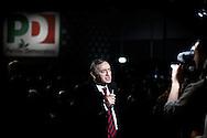 ROMA. UN GIORNALISTA TELEVISIVO ALL'ASSEMBLEA DEL PARTITO DEMOCRATICO