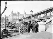 Pont de Bir-Hakeim Paris looking from the Left to the Right bank of the Seine around 1900