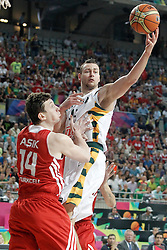 09.09.2014, City Arena, Barcelona, ESP, FIBA WM, Litauen vs Türkei, Viertelfinale, im Bild Lithuania's Donatas Motiejunas (r) and Turkey's Omer Asik // during FIBA Basketball World Cup Spain 2014 quarterfinal match between Lithuania and Turkey at the City Arena in Barcelona, Spain on 2014/09/09. EXPA Pictures © 2014, PhotoCredit: EXPA/ Alterphotos/ Acero<br /> <br /> *****ATTENTION - OUT of ESP, SUI*****