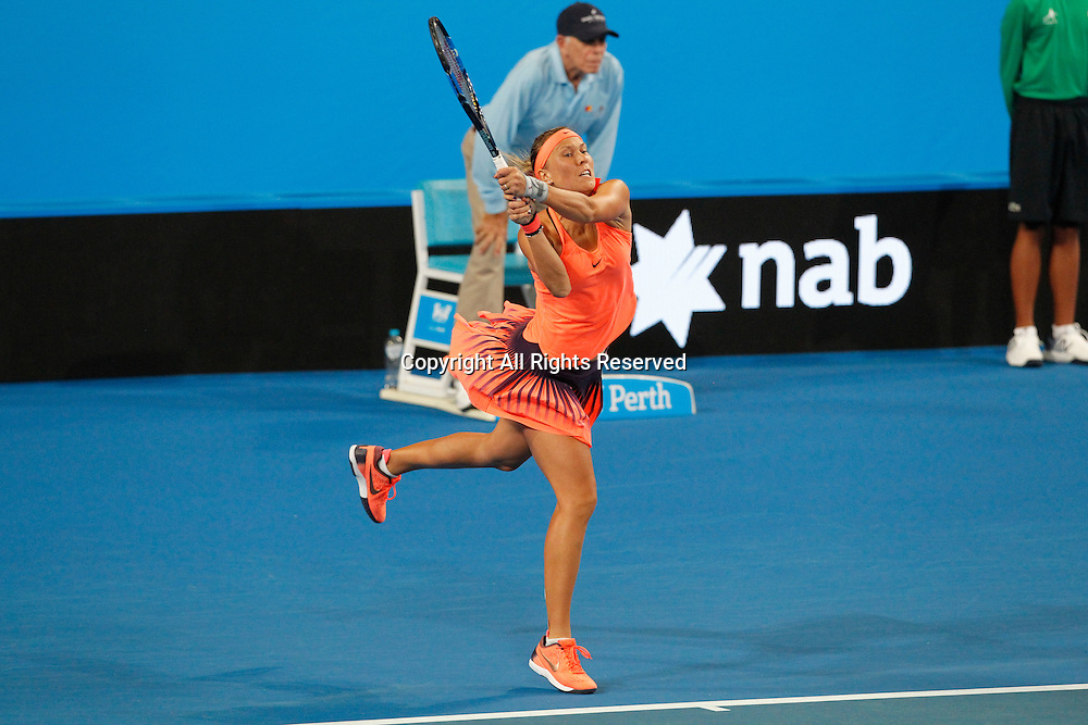 03.01.2017. Perth Arena, Perth, Australia. Mastercard Hopman Cup International Tennis tournament. Lucie Hradecka (CZE) plays a back hand shot during her game against Daria Gavrilova (AUS). Hradecka won 4-6, 6-4, 6-4.