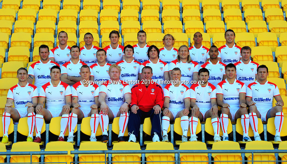 The England Rugby League squad - Back row (from left):Gareth Ellis, Ryan Hall, Sean OíLoughlin, Tony Clubb, Ben Westwood, Leroy Cudjoe, Sam Burgess. Middle row: Darrell Griffin, Stuart Fielden, James Roby, Joel Tomkins, Ben Harrison, Eorl Crabtree, Ryan Atkins, Michael Shenton. Front row: Sam Tomkins, Gareth Widdop, Kevin Brown, James Graham (captain), Steve McNamara (head coach), Luke Robinson, Darrell Goulding, Tom Bricoe, Shaun Lunt. The English Rugby League team photo at Westpac Stadium, Wellington, New Zealand on Tuesday, 19 October 2010. Photo: Dave Lintott / photosport.co.nz